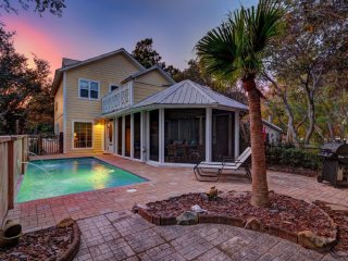 Latitude Adjustment - Seagrove Beach - Private Pool