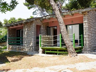 Angela 4 - Summer Vacation Cottage Only 100 m from the first beach