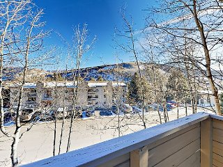 1BR Condo Overlooking Vail Resort – On Free Bus Route to Vail Village