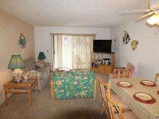 Ocean Club 15, 2 Bedroom, 2 Bath, Pool, WIFI, Private Garage