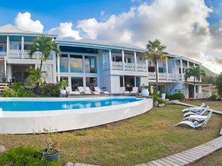 Villa Caye Blanche 7 Bedroom (This Elegant, Split-level Residence Has A Large Co