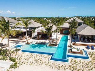 Villa Hawksbill ^ Beach Front :: Located in  Stunning Grace Bay with Private Poo