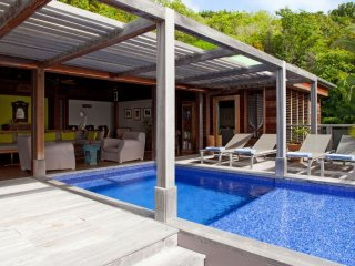 Villa Samsara 2 Bedroom (Situated In Pointe Milou. Colonial Styled, It Offers A
