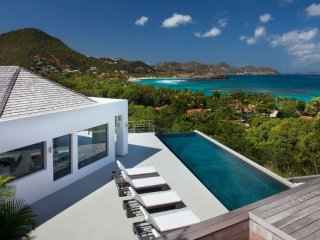 Villa Avenstar  - Ocean View | Located in  Fabulous Camaruche with Private Pool