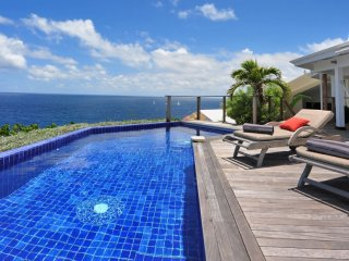 Villa Domingue  - Ocean Front - Located in  Beautiful Pointe Milou with Private