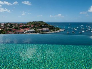 Villa Lam (Breathtaking View On The Harbour, The Yachts And All The Night