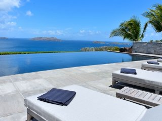 Villa La Danse Des Etoiles | Ocean View :: Located in  Magnificent Pointe Milou