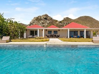 Villa Caribbean Breeze Ocean Front, Private Pool