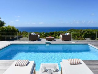Villa Costa Nova :: Ocean View ^ Located in  Beautiful Gouverneur with Private P