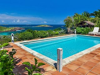 Villa Le Roc  - Ocean View * Located in  Tropical Petit Cul de Sac with Private