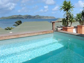 Villa Phoenix  | Ocean View | Located in  Wonderful Pointe Milou with Private Po
