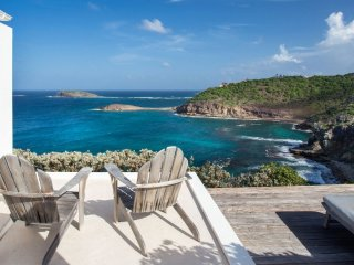 Villa Little Caramba  ^ Waterfront # Located in  Fabulous Pointe Milou with Priv