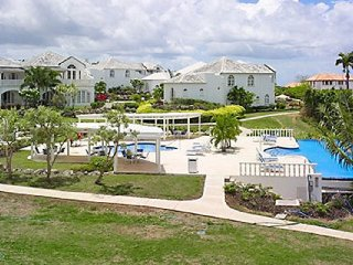 Royal Villa 25 - Royal Palm - Near Ocean | Located in  Beautiful Saint James wit