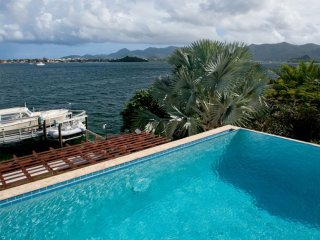 Villa Amaryllis  - Waterfront * Located in  Fabulous Simpson Bay with Private Po