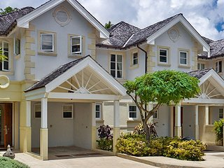 The Falls Townhouse 8  * Near Ocean ^ Located in  Exquisite Sandy Lane with Hous