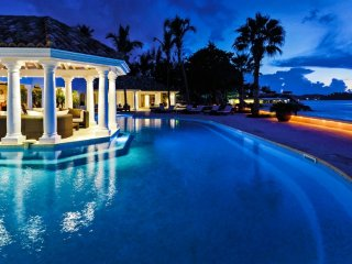 Villa Petite Plage 5  - Beach Front - Located in  Beautiful Grand Case with Priv