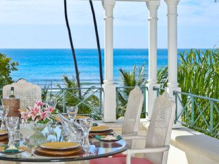 Schooner Bay 306 - Penthouse  - Beach Front # Located in  Wonderful St. Peter wi