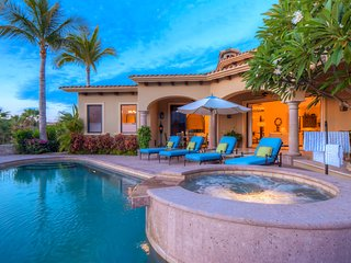 Breathtaking 4B w/ 2 Master Bedrms Private Pool, Ocean Views & More!!!