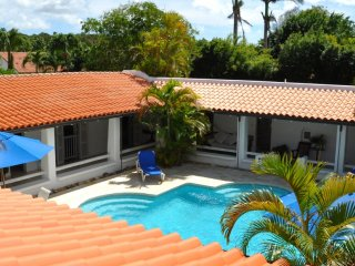 Villa Buttsbury House  Ocean View, Private Pool