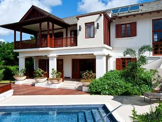 Villa Alila  GREAT REVIEWS Fully Serviced Book Now and Save