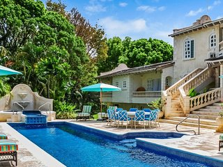 Villa Grendon House  # Near Ocean - Located in  Exquisite Sandy Lane with Privat
