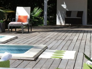 Villa Monchal 2 Bedroom (The Newly Renovated Interior Space Is Air Conditioned
