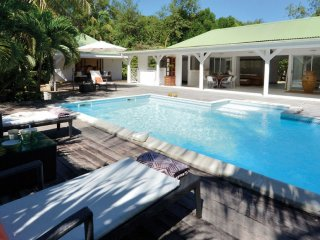 Villa Monchal # Near Ocean :: Located in  Wonderful Terres Basses with Private P