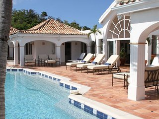 Villa Alizes 4 Bedroom (The Villa Is Conveniently Located In Terres Basses, Just
