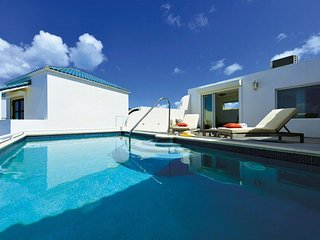Villa Luna * Beach View - Located in  Magnificent Cupecoy with Private Pool