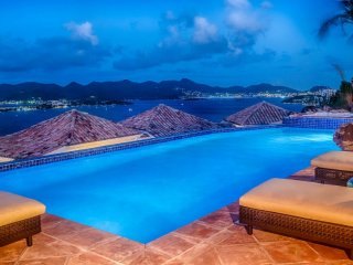 Villa Le Rocher 2 Bedroom GREAT REVIEWS Fully Serviced Book Now and Save