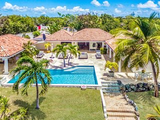 Villa La Nina  # Near Ocean ^ Located in  Tropical Terres Basses with Private Po