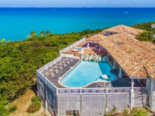 Villa L'Olivier ^ Ocean View * Located in  Magnificent Terres Basses with Privat