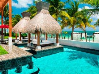 Azul Villa Esmeralda (The Unique Modern Design Allows For A Breathtaking Ocean