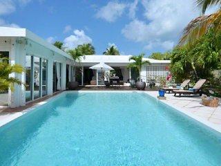 Villa Turquoise  (Overlooking Beautiful Baie Rouge Beach. )