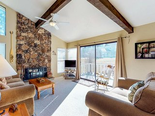 Family-friendly Graeagle home w/ on-site golf - hiking, biking, lakes nearby!