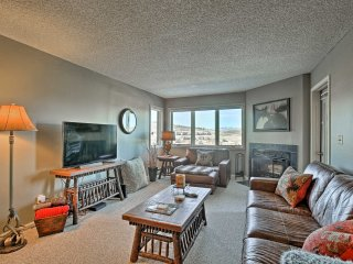 Ski-in/Ski-out Granby Condo w/Pool & Sauna Access!