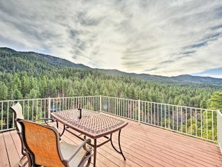 Prescott Cabin w/ Deck & Mountain+Forest Views!