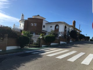 4/5 bedroom villa with disco/party room in Las Farolas Mijas Costa