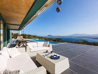 4 bedroom Villa in Stérnes, Crete, Greece : ref 5491292