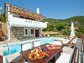 3 bedroom Villa in Skopelos, Thessaly, Greece : ref 5491111