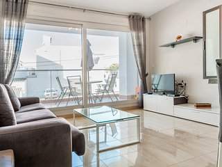 2 bed modern apartment - Villacosta