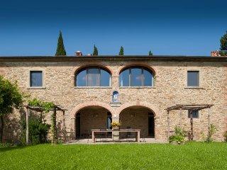 6 bedroom Villa in Arezzo, Tuscany, Italy : ref 5490592