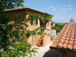 5 bedroom Villa in Montepulciano, Tuscany, Italy : ref 5490429