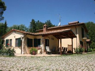 6 bedroom Villa in Arezzo, Tuscany, Italy : ref 5490396
