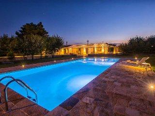 3 bedroom Villa in Mesagne, Apulia, Italy : ref 5490148