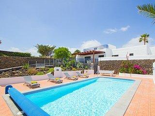 4 bedroom Villa in Puerto del Carmen, Canary Islands, Spain - 5490147
