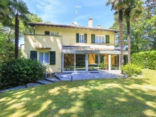 5 bedroom Villa in Ranco, Lombardy, Italy : ref 5490103