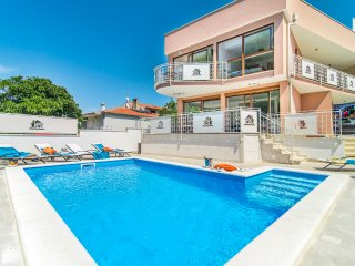 3 bedroom Villa in Novigrad, Istria, Croatia : ref 5489878
