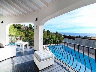 Altea la Vella Villa Sleeps 8 with Pool and Air Con - 5489875