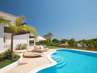 2 bedroom Villa in Alporchinhos, Faro, Portugal - 5502952
